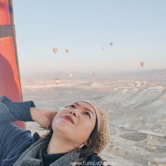 naik balon udara di turki