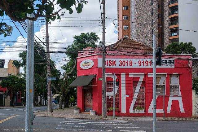 Casa na Esquina da Rua Saldanha Marinho com a Rua Desembargador Motta