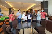Kemenpora Serahkan Peralatan Pertandingan PON XX Papua 2020