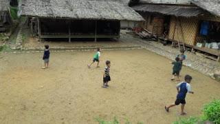 aktifitas-anak-anak-suku-baduy