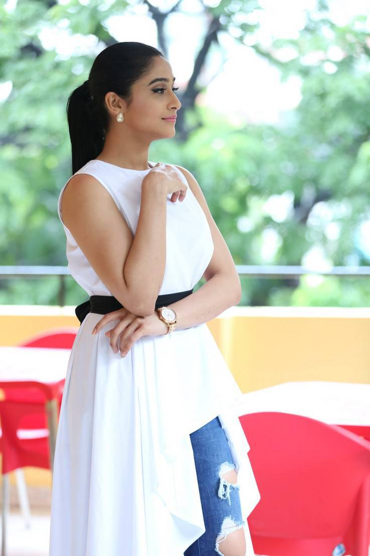 Tollywood Actress Regina Cassandra Hot In White Dress At Movie Interview