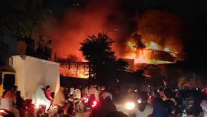 Bangunan Pabrik Pengolahan Udang Eksport  PT AYU di Marelan Ludes Terbakar