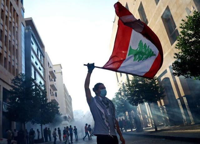 """إسرائيل تبدي استعدادها لمساعدة """"الثوار"""" اللبنانيين شرط إقصاء """"حزب الله"""""""