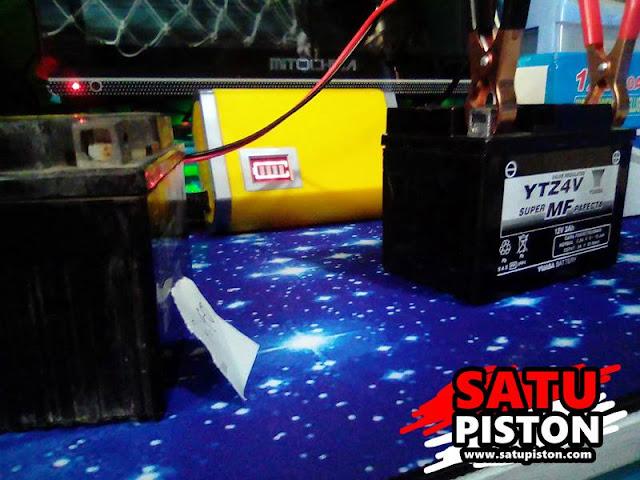 Review Pemakaian Charger Aki Motor Otomatis Murah 12 Volt 6 Ampere