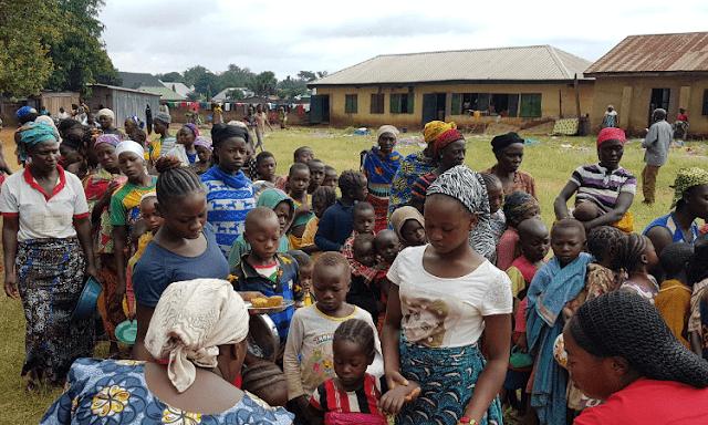 Garotas raptadas são libertadas na Nigéria