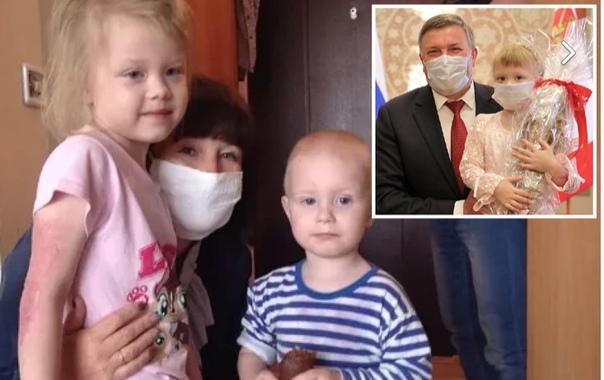 Пятилетняя россиянка спасла младшего брата из горящего дома!