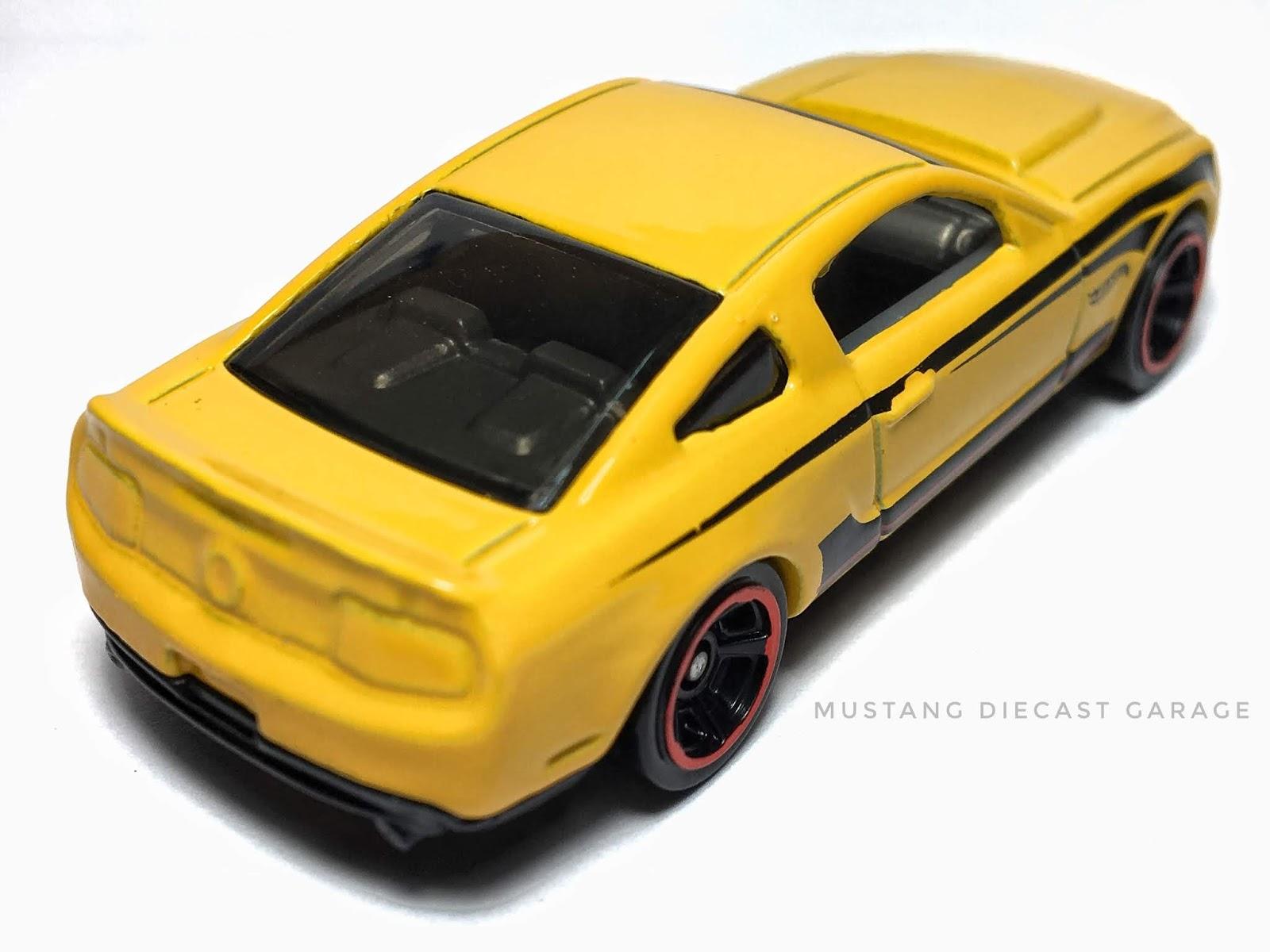 ในส่วนของ Series 2016 HW Mild to Wild นี้ จะมี Mustang 2 แบบ จะประกอบไปด้วย  *2010 Ford Mustang GT (สีเหลือง) *13 Ford Mustang GT (สีเหลือง)