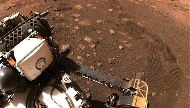 NASA'nın Mars'a gönderdiği keşif aracı Persevarence ilk test sürüşünü gerçekleştirdi.