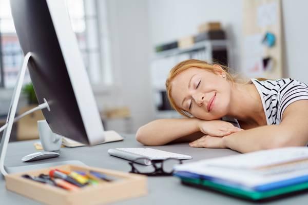 Manque de sommeil : micro-sieste 10 à 20 minutes