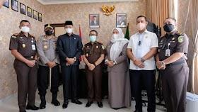 Ketua DPRD Muaro Jambi Sambut kedatangan Kepala Kejati Jambi Sapta Subrata