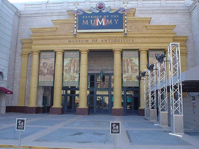 Montanha-russa da Múmia na Universal Studios em Orlando