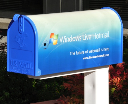 https://cleanfox.io/blog/tips-en/how-can-you-sign-in-to-your-hotmail-mailbox/