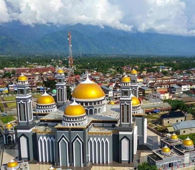 Kemegahan Masjid Agung At-Taqwa Kutacne-Aceh Tenggara | PikiranSaja.com