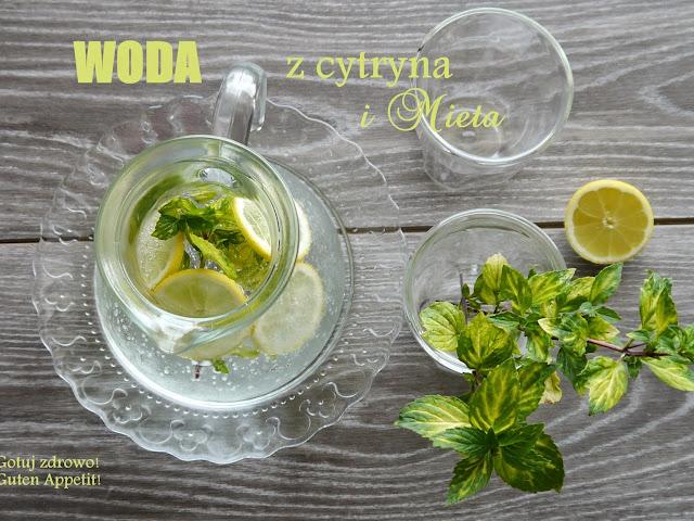 """Woda z cytryną i mietą oraz """"cudowna moc"""" mrożonej cytryny - Czytaj więcej »"""
