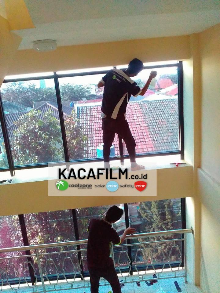 pasang kaca film kantor Tebet Jakarta Selatan
