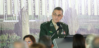 'Chance zero', diz general sobre intervenção militar