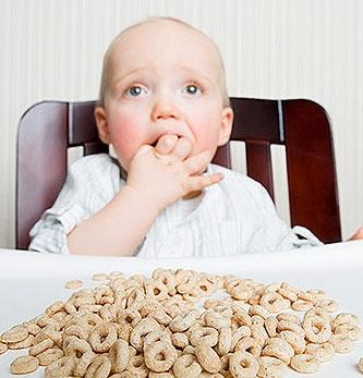 ¿Cuándo pueden los bebés comenzar a comer cereal?