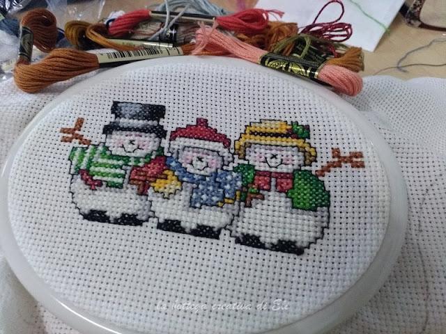 tutorial-ricamo-punto-croce-per-fuoriporta-natalizio
