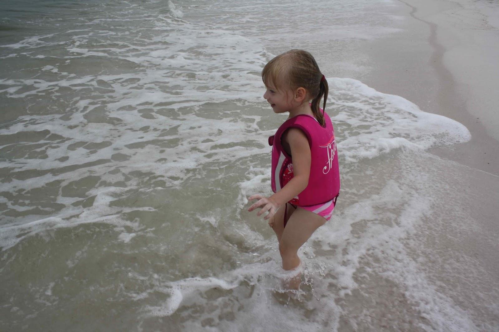 cz little girls pee