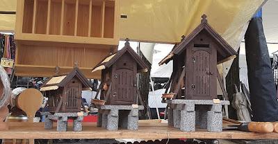 artesanato em madeira e pedra na Feira de Barcelos