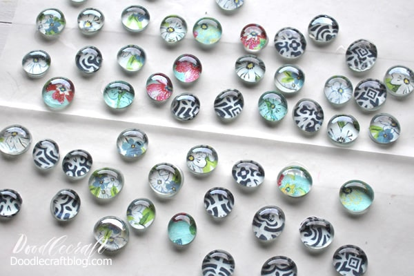 Make Glass Gem Marble Magnets with Snowflake Ornament for the perfect handmade Gift, great for neighbors, friends and family.