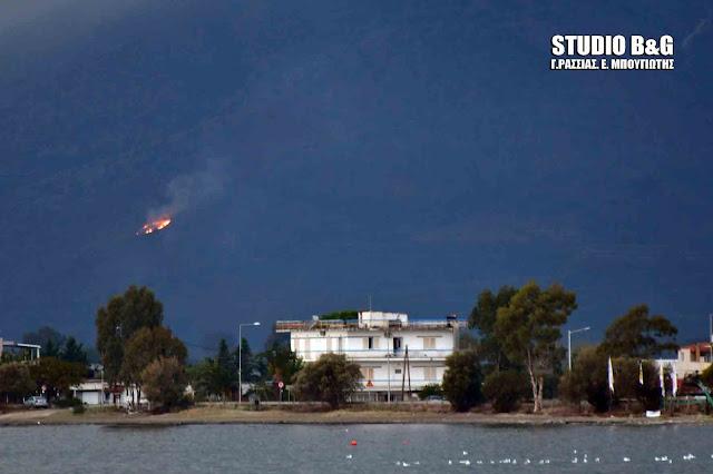 Μέσα στην χαλαζόπτωση ξέσπασε και πυρκαγιά στο Άργος