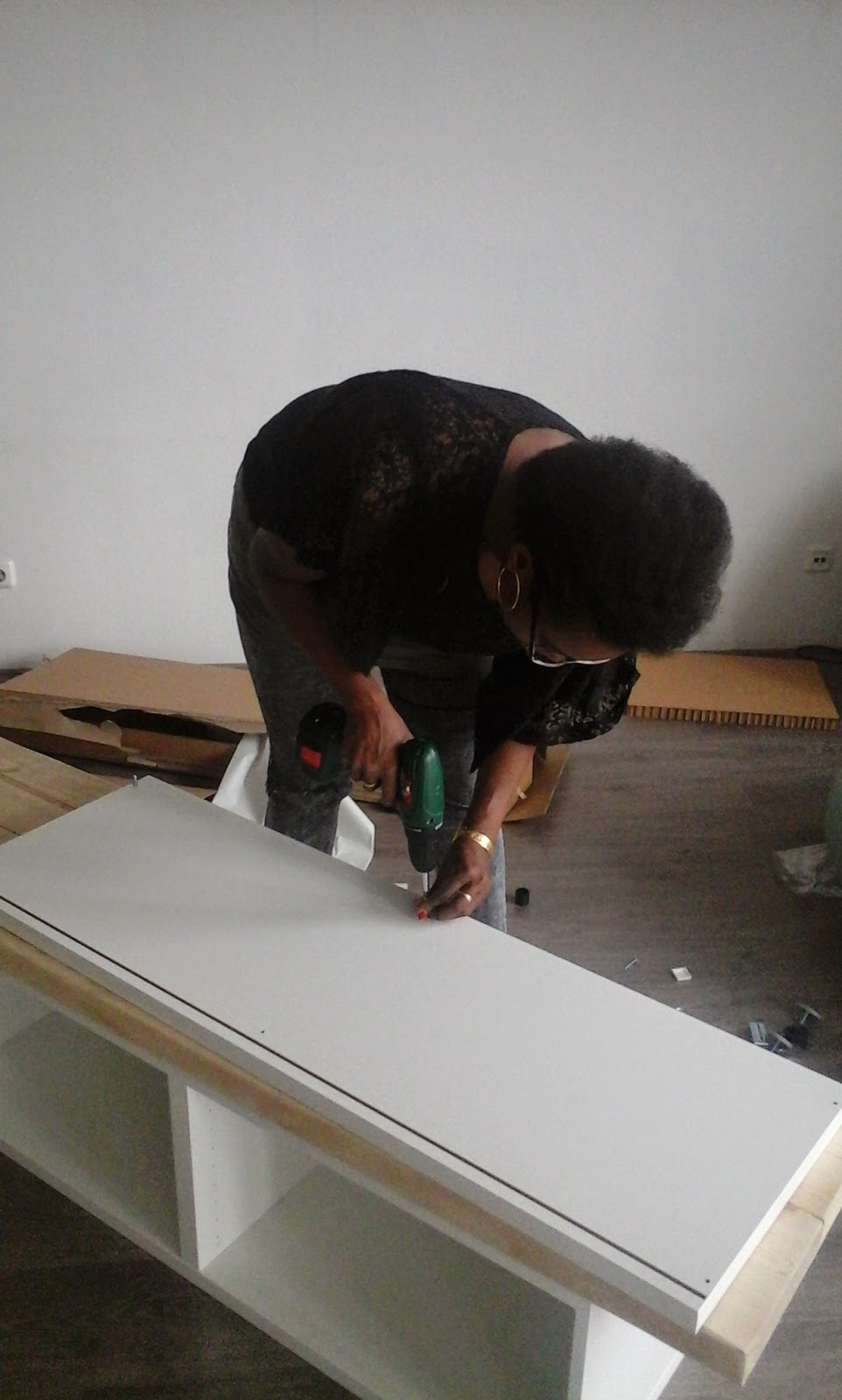 pimpish diy ikea hack meubels pimpen met steigerhout. Black Bedroom Furniture Sets. Home Design Ideas