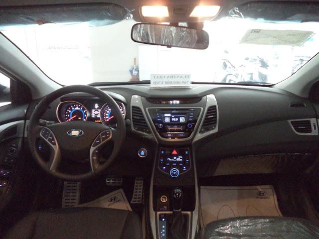 hyundai elantra 2016 Hyundai Elantra phiên bản nâng cấp 2016 new sắp về Việt Nam Noi that Elantra 2014