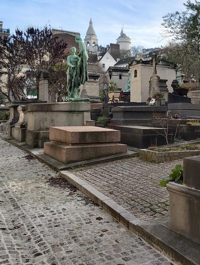 Parijs: Cimetiére Saint Vincent in Montmartre