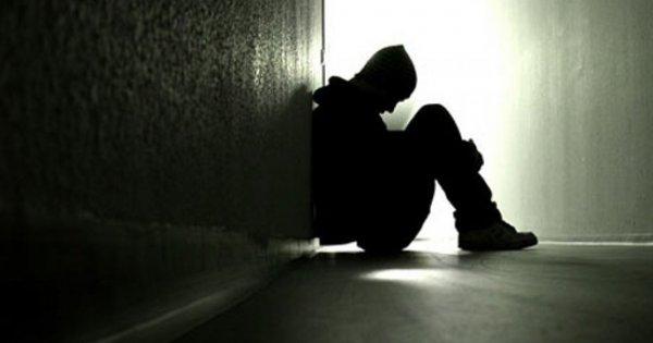 Στα όρια λόγω καραντίνας & οικονομικού Αρμαγεδών: Διπλασιάστηκαν οι κλήσεις για αυτοκτονία τον τελευταίο μήνα