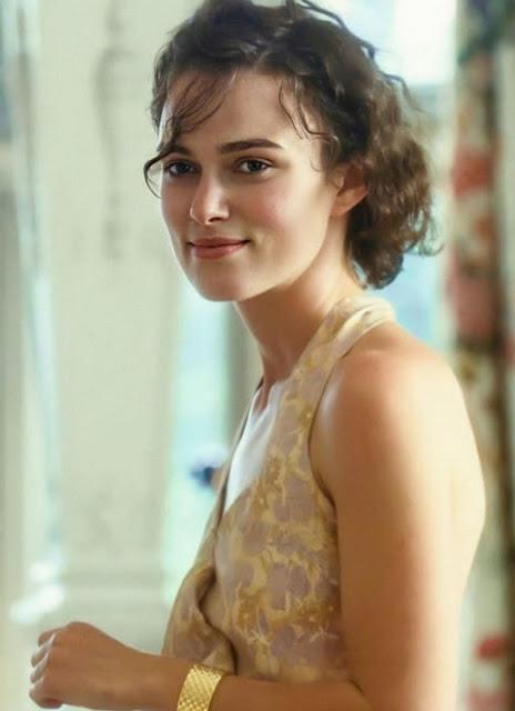 Hollywood Actress Keira Knightley Photos