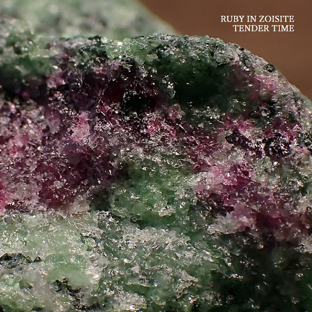 RUBY IN ZOISITE unknown