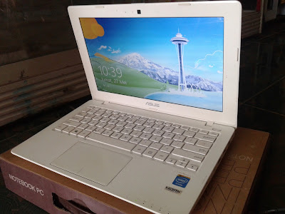 Netbook Asus X200CA 2nd
