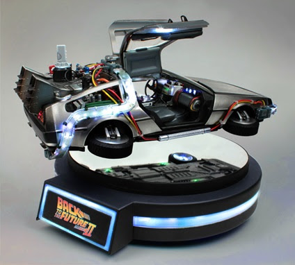 Iron Studios DeLorean