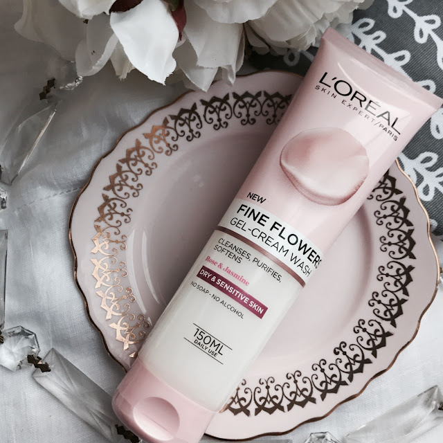 skincare, best skincare, drugstore facial wash, skincare review, loreal fine flowers cream wash review, loreal skincare review
