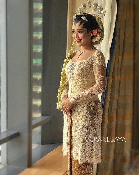 26 Model Vera Kebaya Pengantin Untuk Akad Dan Resepsi Pernikahan