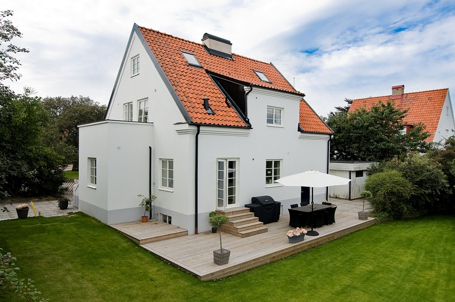 Hogares frescos ordenada casa con estilo n rdico - Casas estilo nordico ...