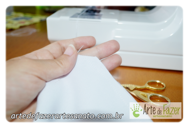 corte a pontinha do saquinho térmico de arroz bordado para bebê