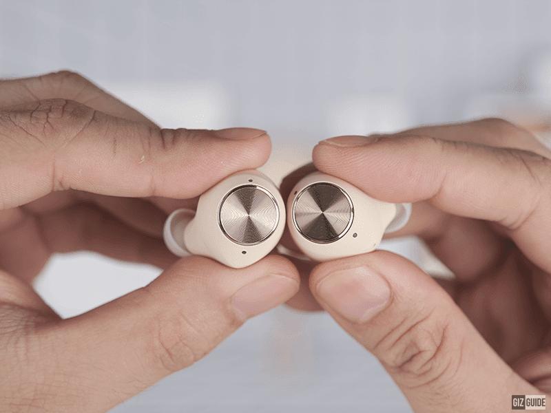 Touch-sensitive buttons