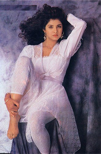 Bollywood Actress Divya Bharti Filmography Gorgeous