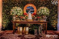 casamento no di basi em porto alegre com decoração simples sofisticada e barata em marsala, branco e verde