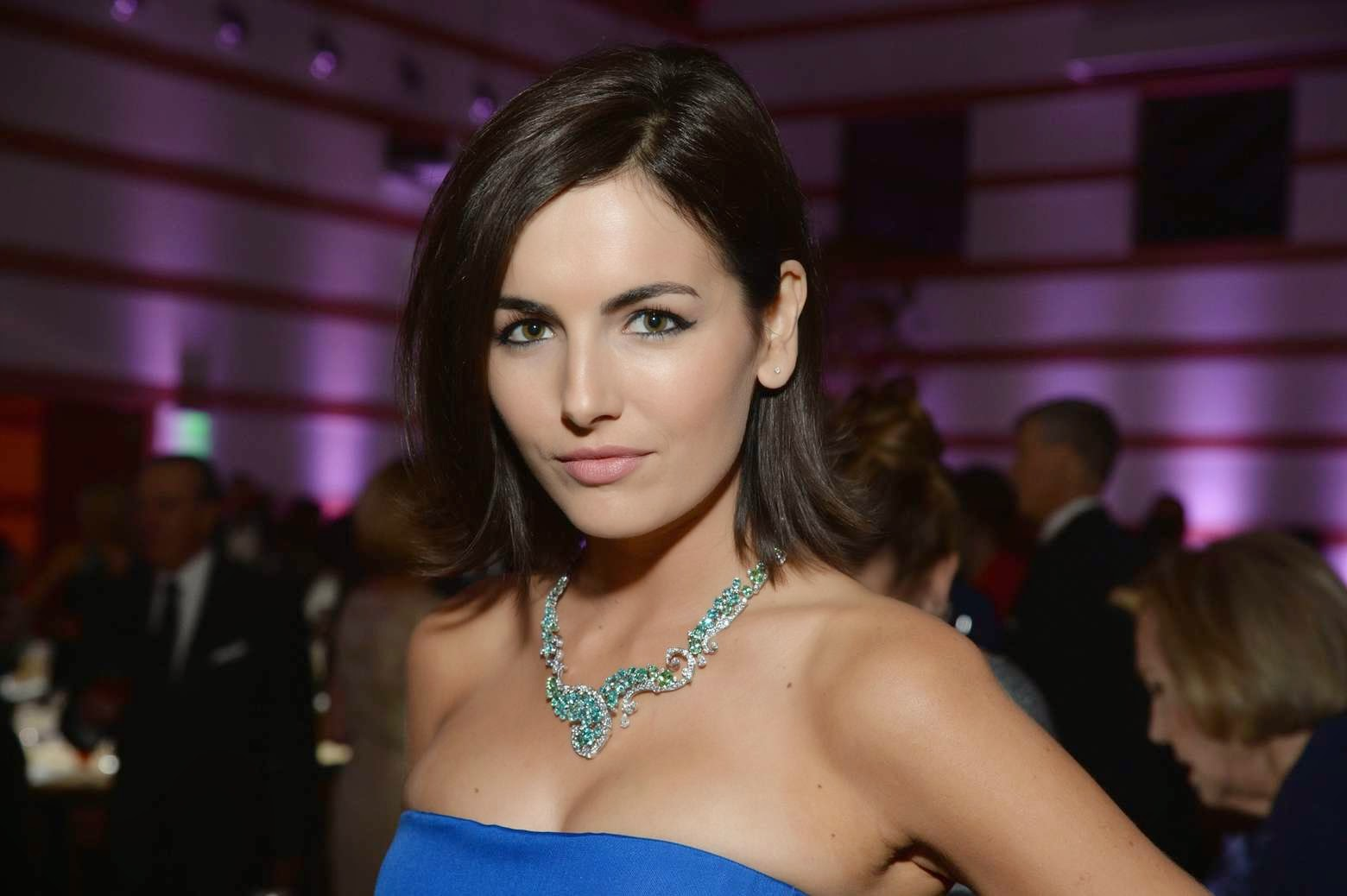 Camilla Belle sexy Photos