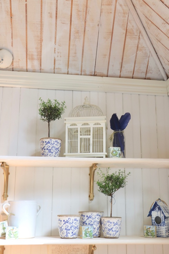 Garden shed DIY budget open shelves will look beautiful during every holiday
