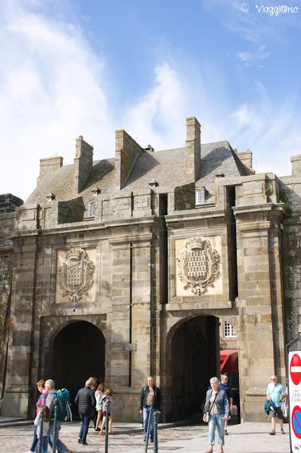 Porta Saint Vincent di accesso alla città intra muros di Saint Malo