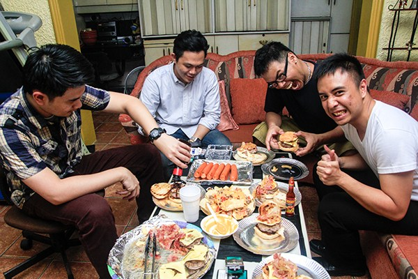 Let's eat! Old Jack's Burger™ Trial Night with Friends