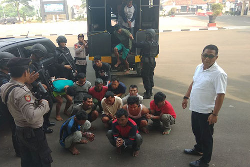 16 Pelaku Penyerangan Mapolsek Bayah di Amankan Polisi