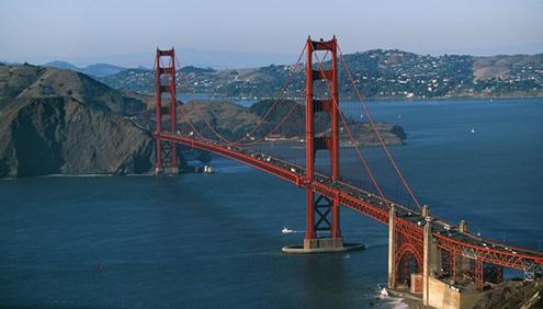 Espectacular vista del Puente Golden Gate de San Francisco con la vista hacia el Condado de Marin