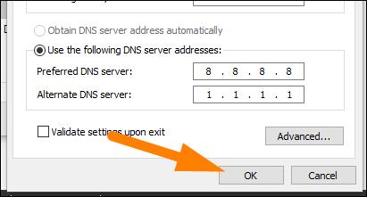 """اكتب عناوين خادم DNS ، ثم انقر فوق """"موافق""""."""