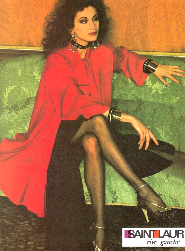 Yves Saint Laurent Rive Gauche in Vogue US September 1981 (photography: Helmut Newton) via www.fashionedbylove.co.uk british fashion blog