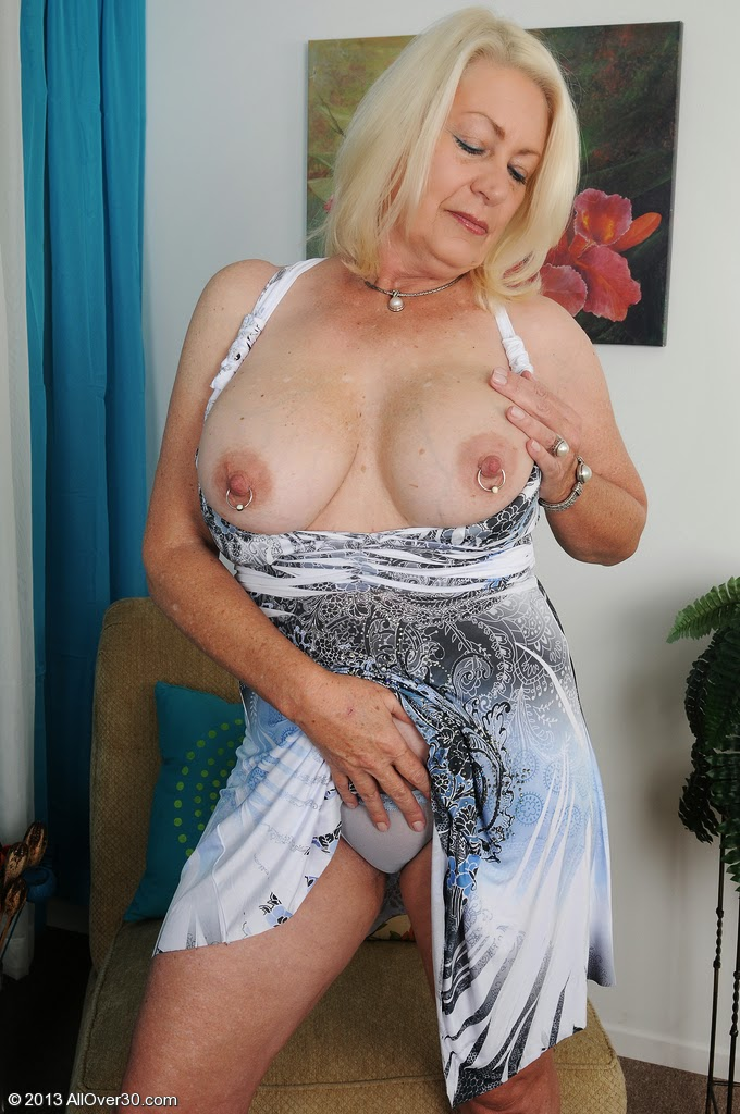 Mature Plumpers With Pierced Nipples 63